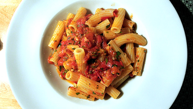penne_golden_garlic2